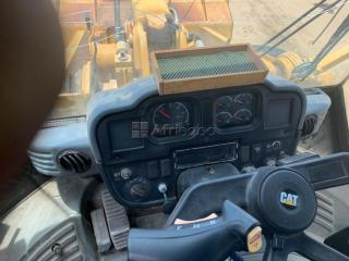 Chargeuse cat 966g
