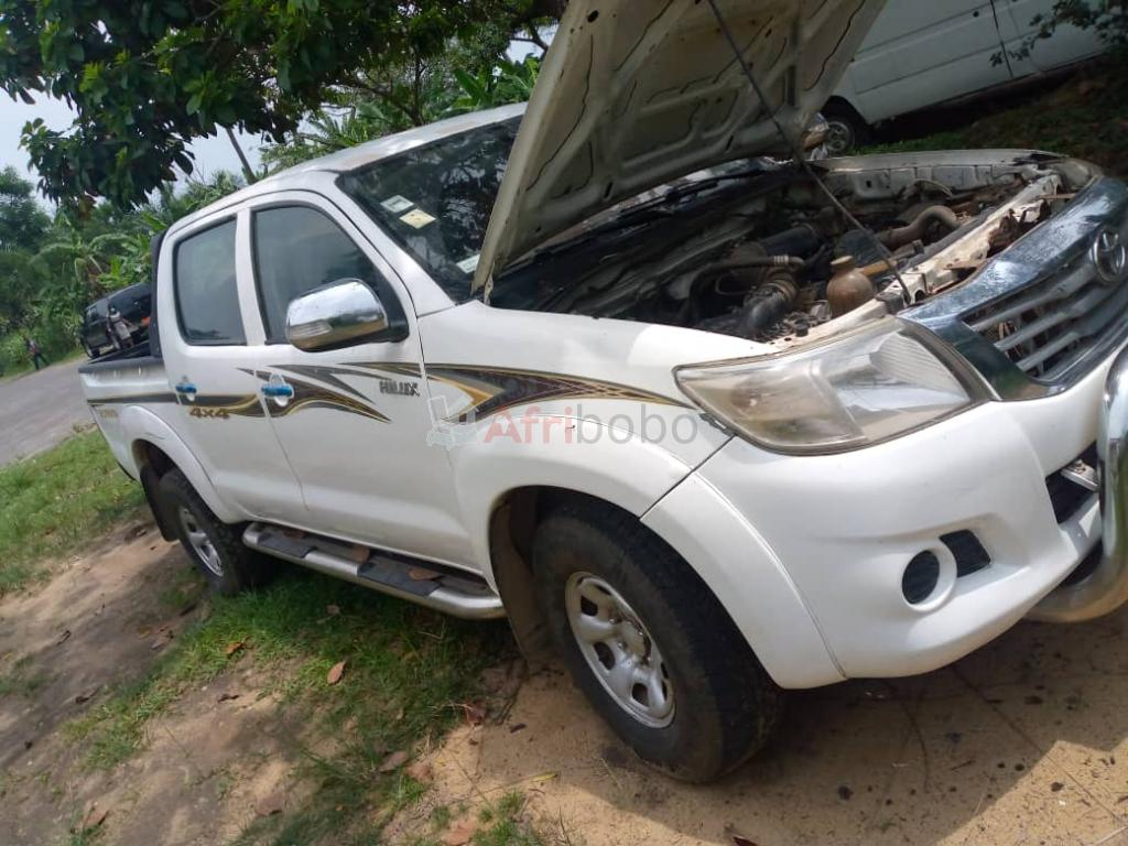 Toyota Hilux 2012 Pick-Up Double Cabine immatriculée #1