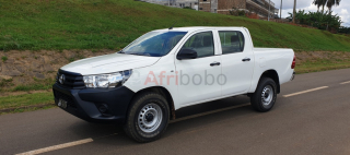 Belle toyota hilux full option. 4wd(4x4) 2017