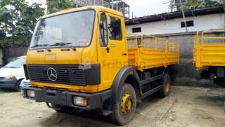 Arrivage!! camion mercedes 1017 version  1998 occasion
