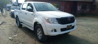 toyota pickup hilux 4x4wd version 2010 occasion en or!