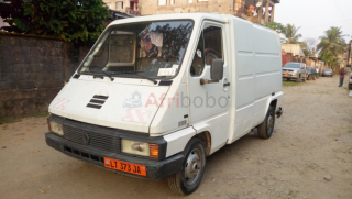 Fourgon renault master-version 1996-occasion du cameroun