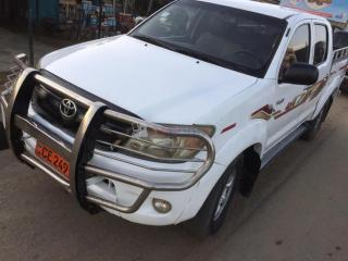 Toyota  hilux 2009 pick-up double cabine