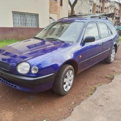 Toyota Corolla 110 année 2002 long chassis