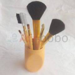 Kit de 6 pinceaux de make up – en pot – marron