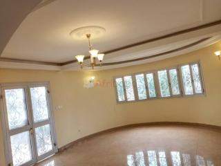 Appartement ht standing  quartier odza residentiel 03 chambres