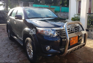 Toyota Fortuner 2014 sortie cami immatriculée