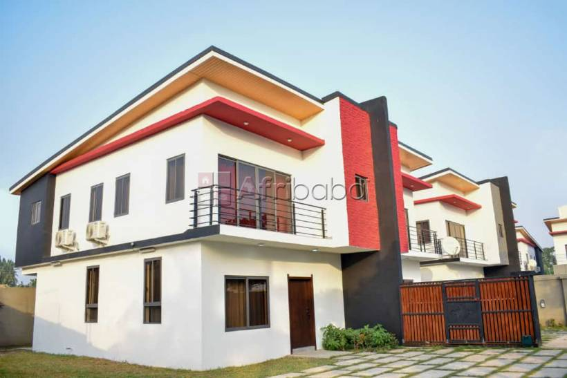Luxurious 3 bedroom house for sale at achimota #1