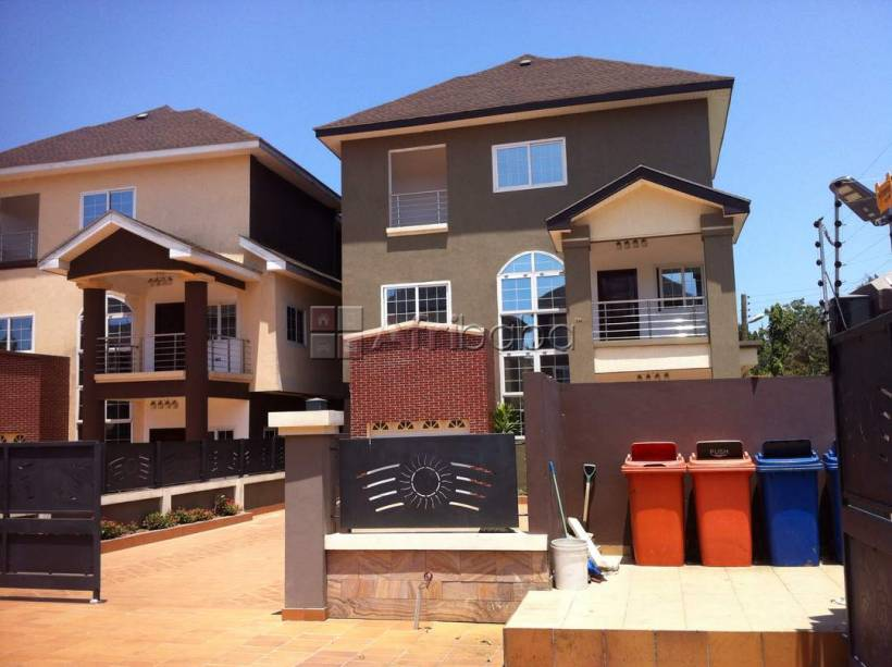 Executive  4 bedroom furnished townhouse for rent at ridge #1