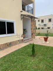 Executive  4 bedroom for rent at oyarifa