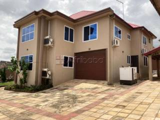 Executive 4 bedroom house for rent at ashongman estate