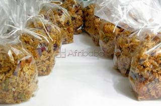 Granola bar & flakes, muesli