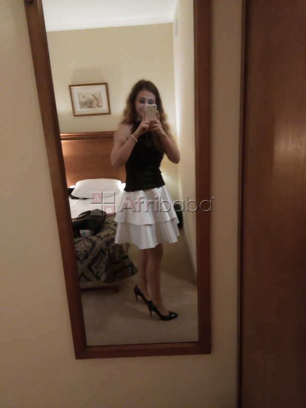 Submissive white looking for guy or couple in Nairobi
