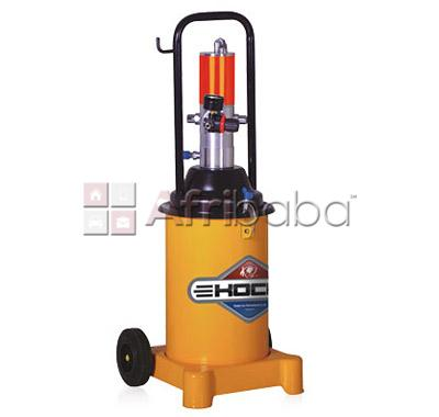 Grease injector