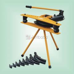 Hydraulic pipe bending machine