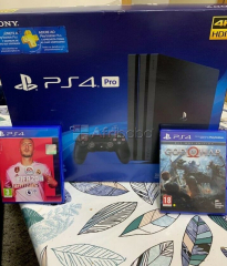 Sony ps4 console Nintendo switch console
