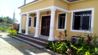 Villa sk - guest house/ air bnb: furnished, ac, h/c shower, breakfast