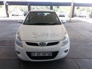 2012 hyundai i  fluid a/t for sale
