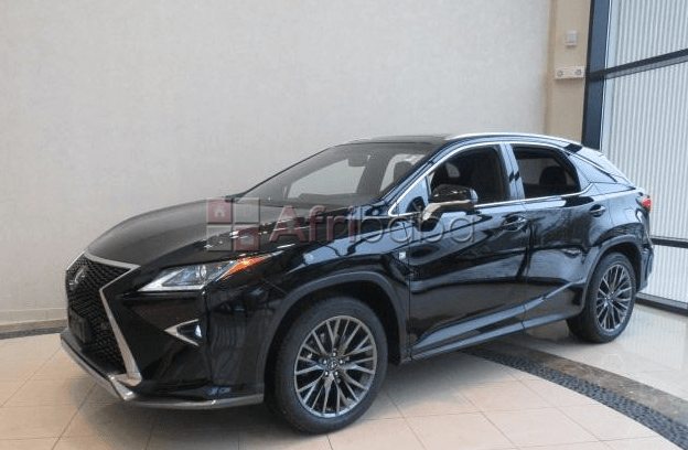 New 2018 lexus lx570, perfect condition inside and outside #1