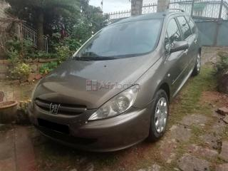 peugeot 307 sw phase i 7 places 1.6hdi 110