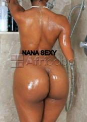 Escort  girl belle grosse fesse