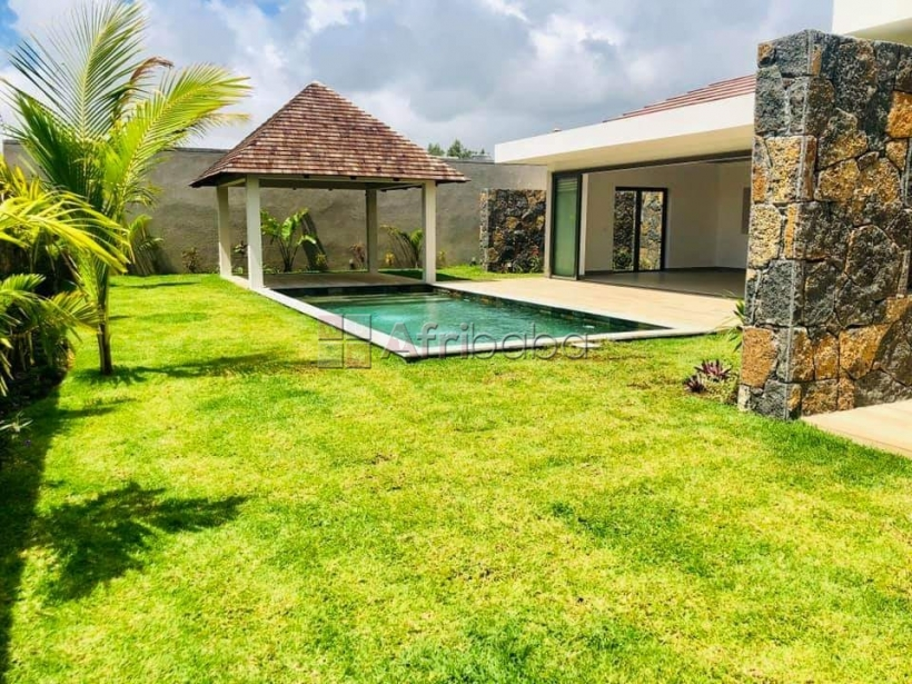 Sumptuous 3 bdrs villa for resale in the heart of grand bay-mauritius #1