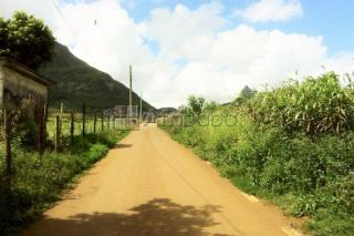 Beautiful scenic residential land for sale in Moka very close to Le Po
