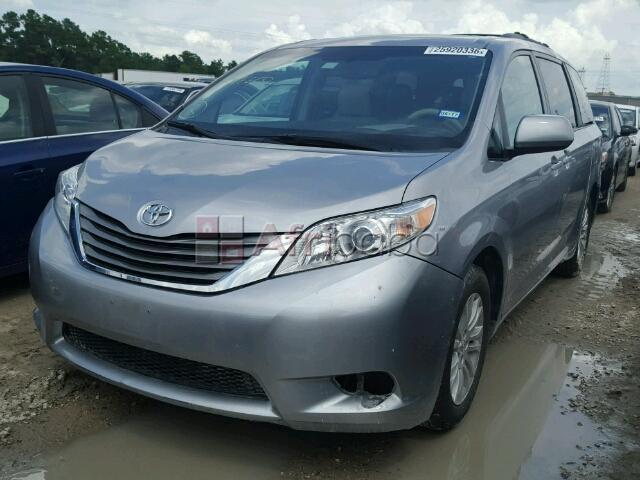 2014 toyota sienna for sale at auction price call