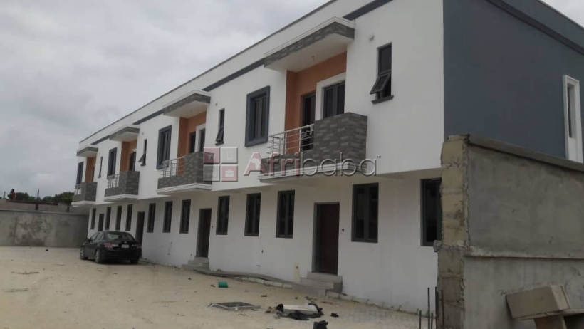 for sale 3 bedroom terrace close to chevron toll gate axis lekki #1