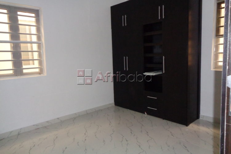 For sale 18 luxury maisonette & 2 penthouses located at banana island #1