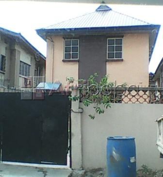 A LOVELY 2 BEDROOMS DUPLEX FOR RENT OFF SURA MOGAJI STREET, ILUPEJU – LAGOS