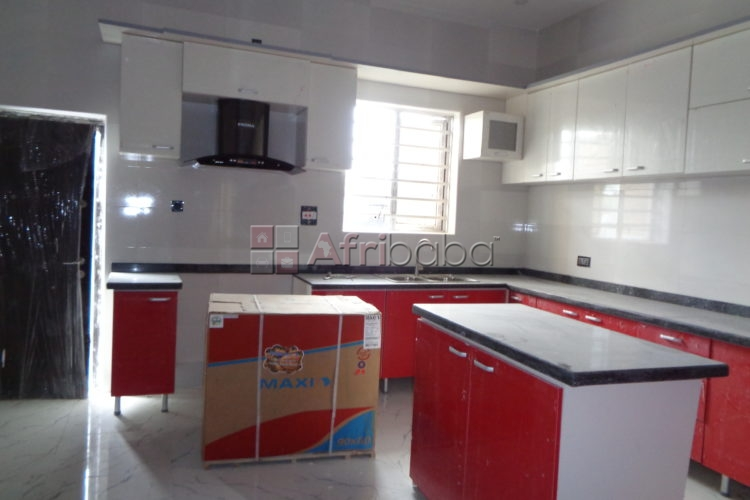 Now selling in a fully serviced estate, 12 unit 4 bedroom semi detache #1