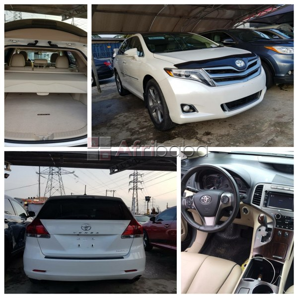 2013 toyota venza limited for sale (call or whatsapp best deal on 0803