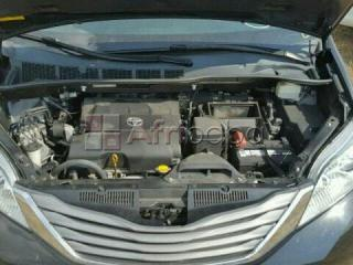 Toyota Sienna for sale 2011