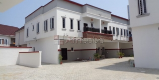 Luxurious 4 Bedroom Terraces Duplex in a mini estate ,24hrs lightFor s