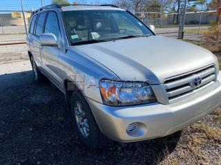 For sale 2005 toyota highlander at auction call