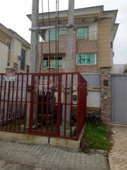 Letting : 5 bedroom terraced apartment at lekki rhs