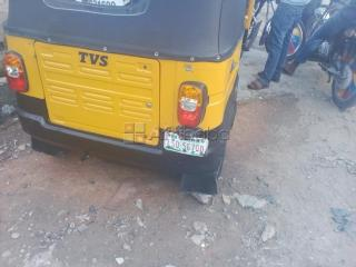 Very clean keke napep (tvs) for sale