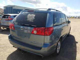 Toyota sienna for sale at auction price call