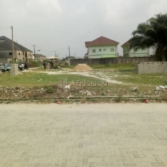 Land for sale in u3 estate, lekki phase 1 righthand side