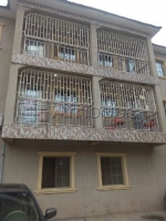 2 bedrooms for rent at Yaba, Lagos