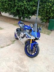 Extremely clean Kawasaki ninja for sale