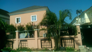 Well furnished 4 bedroom terrace duplex at chevy view estate, lekki