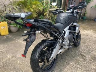 Extremely clean Kawasaki sports bike for sale