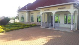 Gisozi house for sale/4 bedrooms/price:80 millions