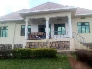 Gisozi house for sale/4 bedrooms/price
