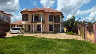 Gisozi house for sale/8 bedrooms
