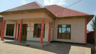 Kanombe, house for sale/ 4bedroom