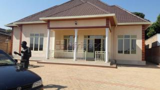 Kanombe, house for sale/ 4bedrooms