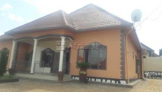 Kanombe, house for sale/ 4bedrooms/ price:  Rwf